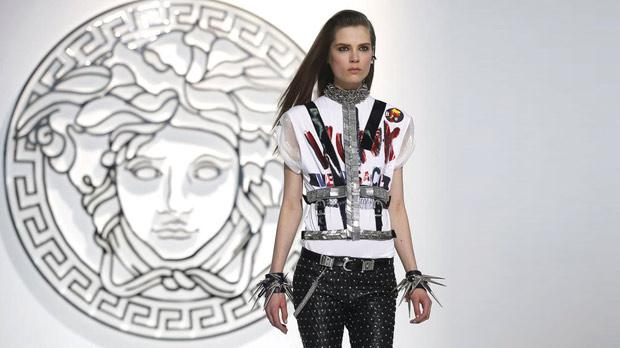 A model displays a creation from the Versace autumn/winter 2013 collection at Milan Fashion Week. Photo: Reuters
