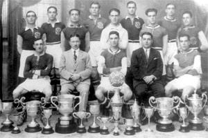 Sliema Wanderers - 1925-26 league champions. Guzi Pisani is standing in back row, second from left.