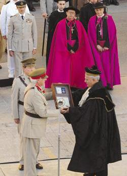Maltese and tourists travelled back in time to witness a glorious moment in history - when the nation was awarded the George Cross medal during World War II in 1942 - through a one-off re-enactment of the ceremony. Photo: Matthew Mirabelli.