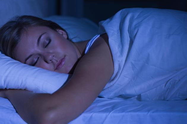 Light exposure during sleep linked to weight gain in women, study