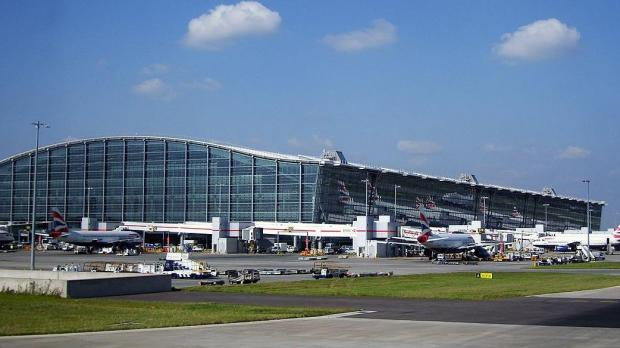 Baggage problems cause disruption at Heathrow