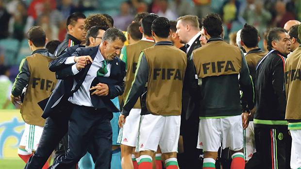 Mexico 2-1 New Zealand ends in massive brawl at Confederations Cup