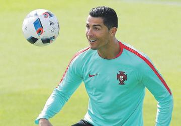 Ronaldo poses biggest threat yet to the Poland rearguard