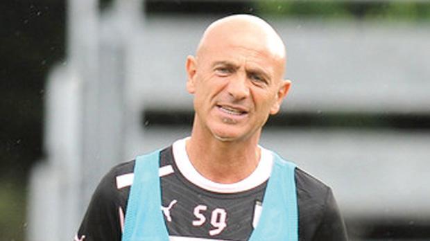 Giuseppe Sannino... difficult task.