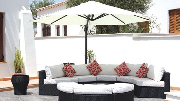 Add style to your outdoor space for Outdoor furniture malta