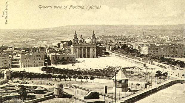 Turn of the century postcard. The Pavilion is to the left of St Publius church.