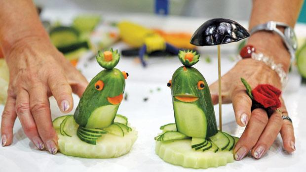The art of vegetable carving