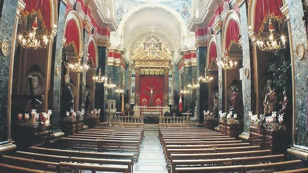 Holy week and easter in a maltese maritime city senglea basilica during holy week negle Gallery