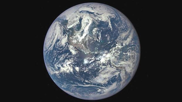 Citizens interested in science, especially environmental issues, can join as a GLOBE citizen. Photo shows the Earth photographed by the NASA Goddard Space Flight Center.