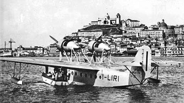 A Macchi C94 I-LIRI of Ala Littoria in the port of Ancona in the 1930s. The company used Ta' Qali for flights to and from Sicily and Tripoli.