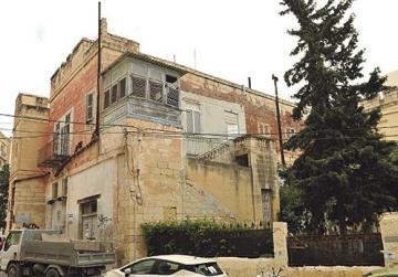 Restorer's last ditch attempt to spare historic buildings from demolition