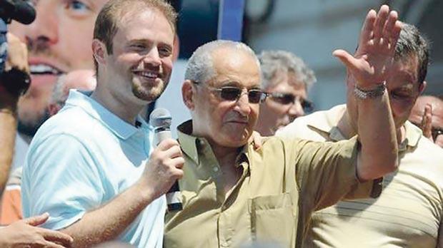 Joe Debono Grech with Prime Minister Joseph Muscat.