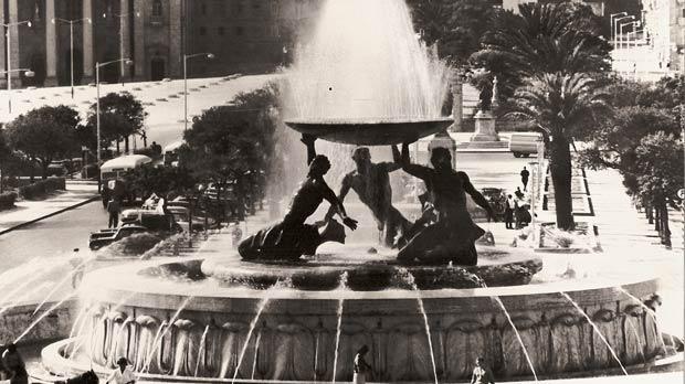 A photo of the fountain as originally designed.