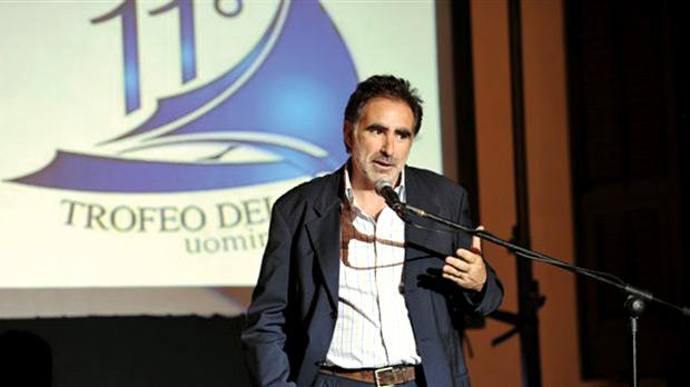 Timmy Gambin speaking during the presentation of the Trofeo del Mare. Each year six personalities involved in one of the disciplines connected with the sea are selected for the award.