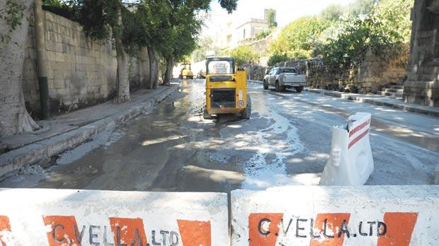 Maintenance work on the Birkirkara end of Valley Road, which should be completed by Tuesday, has exposed a system of old culverts – probably dating back to before World War II – under Birkirkara, leading to the sea.