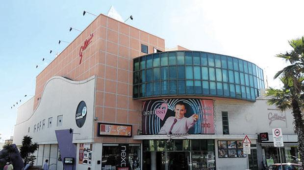 Tal Lira Cinema 66