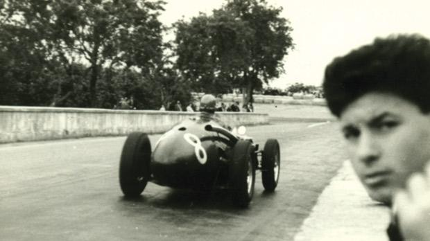 Ivor Bueb's Connaught – note how close spectators are to the car.