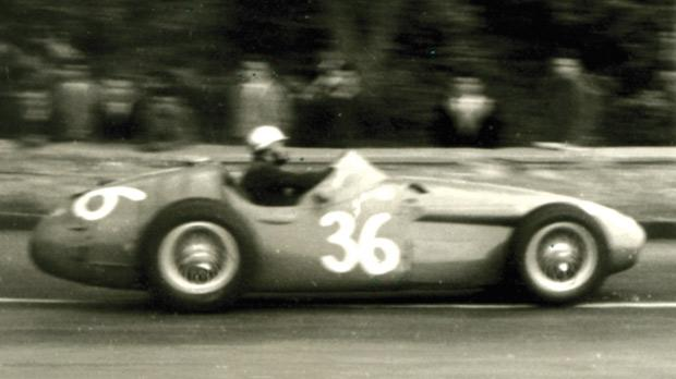 Piero Taruffi's Maserati placed fourth.
