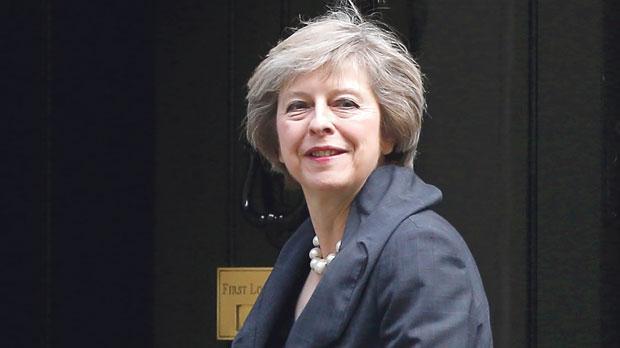 'Evil anthem' version of David Cameron humming a tune goes viral