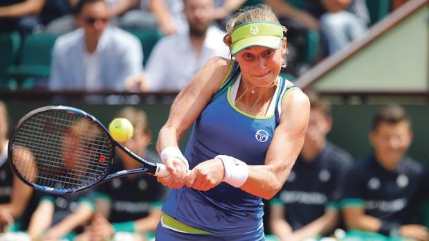 Top seed Angelique Kerber knocked out of French Open in first round