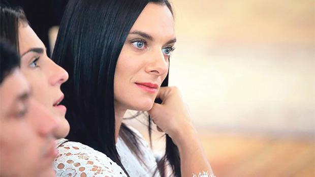 Yelena Isinbayeva... wants IAAF ban lifted.
