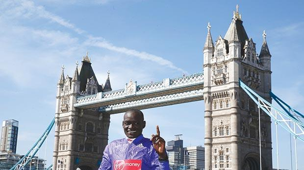 Dennis Kimetto in a London Marathon promotion before the race.
