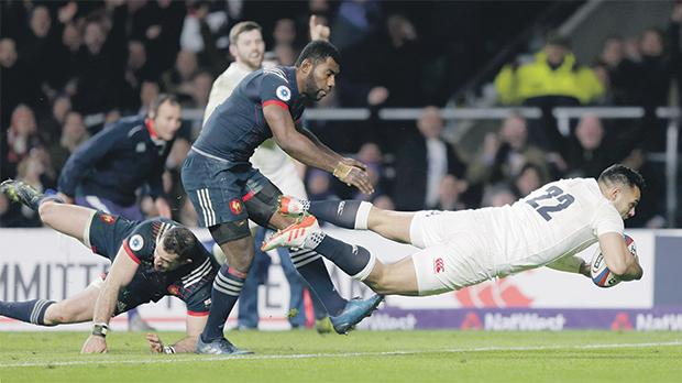 Ben Te'o scores England's winning try against France during their Six Nations opener.