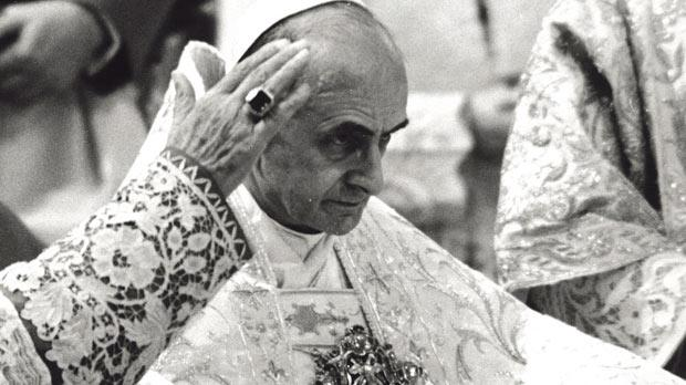 Pope Paul VI opens the second period of Vatican II on October 21, 1963. Photo: Leemage