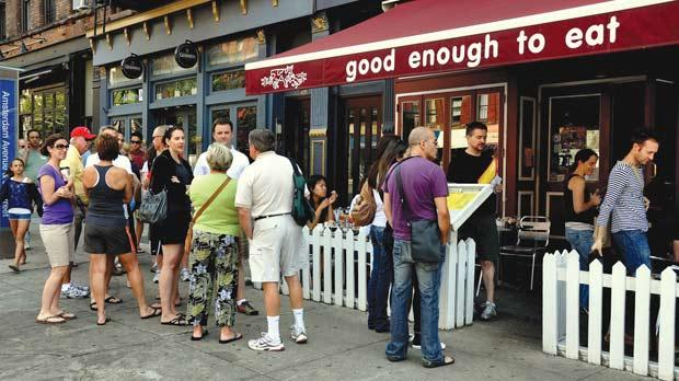 People queuing at a restaurant in Amsterdam. Photo: Lee Snider/shutterstock.com