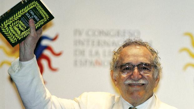 an analysis of the novel one hundred years of solitude by gabriel garcia marquez 100 years of solitude gabriel garcía  100 hundred years of solitude exaggerates events and personal  the novel's principal theme of solitude is.